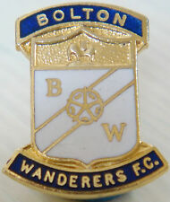 BOLTON WANDERERS FC Vintage club crest type badge Brooch pin In gilt 21mm x 25mm