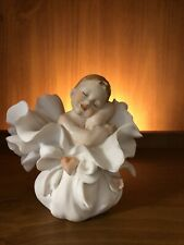 "Giuseppe Armani figurine collectible ""A Bundle Of Love� Excellent Condition"