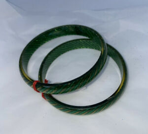 Indian Glass Bangles Green / Gold Size 2.8 # 33