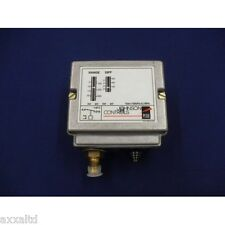 Pressure Switch Johnson Controls P77AAA-9351 P77AAA9351