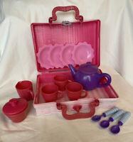 Peppa Pig Play Tea Set in Hamper With Tea Pot Jug Sugar Bowl Cups Plates Spoons