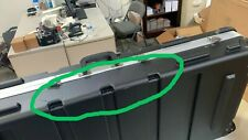 Crossrock 61 Key Keyboard Case Hard Molded with Wheels, Black, Defect