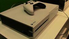 Xbox One Bianca con kinect e giochi - PERFETTA -
