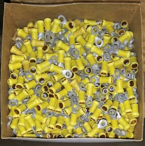AMP/TYCO PIDG Insulated Terminals 12-10 AWG #10 Stud - 300 Pcs.