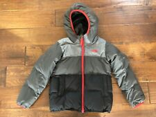 The North Face Boys Reversible Moondoggy Hooded Down Jacket Black Gray Size 6