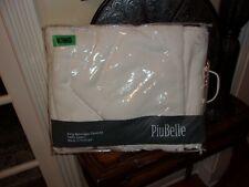 NIP PiuBelle White Pucker Matelasse King Coverlet