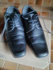 chaussures de cérémonie garçon 38 comme neuves