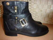 Carvela by Kurt Geiger size 6 (39) black leather ankle boots.