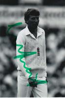 ENGLAND CRICKET HAND SIGNED MICHAEL ATHERTON 6X4 PHOTO 2.