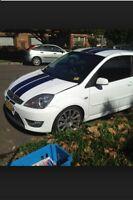 Polished Bonnet Raisers MK6 Ford Fiesta 2.0 Zetec ST150 ST ZS + De Wiper Bung