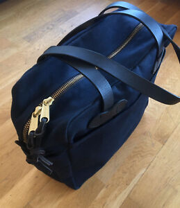 Filson USA Rugged Twill Tote Bag With Zipper Shoulder Straps In Navy £245.00