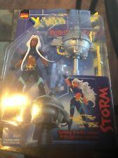 "MARVEL COMICS X-MEN ""STORM"" ACTION ROBOT FIGHTERS COLLECTIBLE 1997 TOY BIZ NOC"