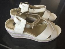 Juicy Couture New & Genuine Girls Cream Leather Sandals UK 12, EU 31 With Logo