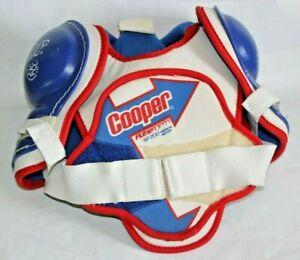 Cooper Flexform SP200 Ice Hockey Shoulder Pads, Youth Size Medium