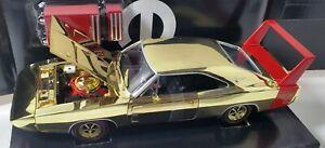 ERTL 1/18 1969 DODGE DAYTONA GOLD CHROME WITH RED WING 1/204 tool box