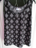 Time And Tru Sleeveless Top Blouse Women's XXL (20) Black & White Printed 2XL