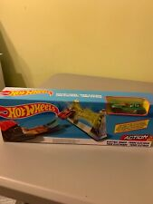 Hot Wheels Die-cast Car Action Electric Tower Toy Track Play Set With Car New