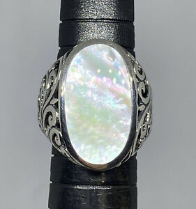 Vintage White Abalone Sterling Silver Ring...Size 8 12....Marked 925...THAILAND....Maker TMA...Weighs 13.71 Grams