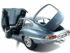 1961 JAGUAR E TYPE COUPE BLUE 1:18 DIECAST  MODEL CAR BY BBURAGO 12044