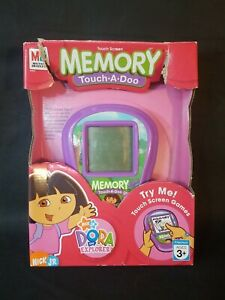 Dora the Explorer Electronic Handheld Touch-A-Doo Memory Game Tested Hasbro New