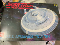 1998 AMT/ERTL 1:1400 Star Trek The Next Generation USS ENTERPRISE NCC-1701-C