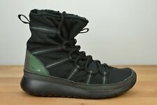 Worn Once Nike Roshe One Hi Se Sneaker Boot Youth 859414-001 Size 7y 7