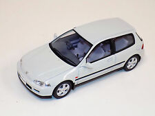 1/18 Otto Mobile GT Spirit Honda Civic SiR II Frost White Limited 2000 OT229 UVI