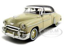 1950 CHEVROLET BEL AIR CREAM 1:24 DIECAST MODEL CAR BY MOTORMAX 73268