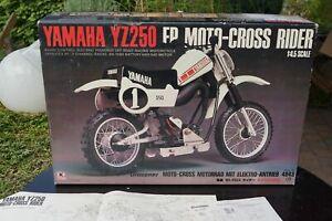 Graupner Kyosho 4943 Yamaha YZ-250 orig.Karton mit Anleitungen Vintage top rare
