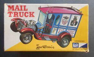 Mail Truck George Barris Street Rod Custom Car 1/25 MPC Model Kit 618-150