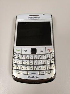 BlackBerry Bold 9700 - White (T-Mobile) Smartphone