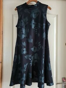 Size 12 Black With Silver Floral Pattern. Ivanka Trump.
