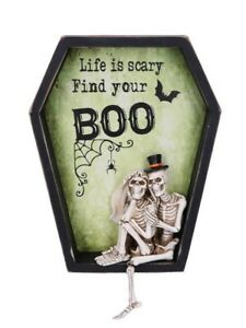 Nemesis Wall Plaque Life is Scary Find Your Boo Green 32x26cm
