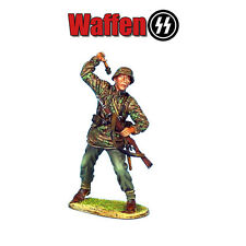 NOR023 Waffen-SS Panzer Grenadier Throwing Grenade by First Legion