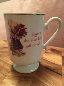 Holly Hobbie Vintage Pedestal Porcelain Coffee/Tea Cup Designer Collection Japan
