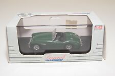 * UNIVERSAL HOBBIES 4628 AUSTIN HEALEY 100 BRITISH RACING GREEN MINT BOXED
