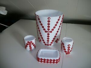 4PC WHITE AND RED BATHROOM WASTEBASKET SETS