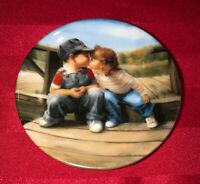 """1989 Pemberton & Oakes Donald Zolan """"FIRST KISS"""" 3 1/4"""" Mini Plate"""