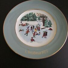 Avon Christmas Plate 1975 Skaters on the Pond Enoch Wedgwood England 4th Edition
