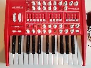 synthétiseur arturia minibrute rouge red