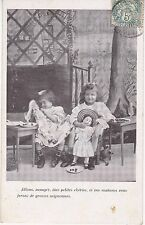 CPA 127 - Enfant - Les jeux avec les poupées