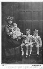POSTCARD   ROYALTY   SWEDEN     Crown  Princess  with  her  Children