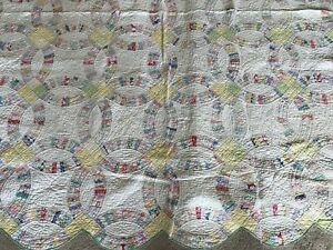 VINTAGE MULTI COLOR DOUBLE WEDDING RING CUTTER QUILT