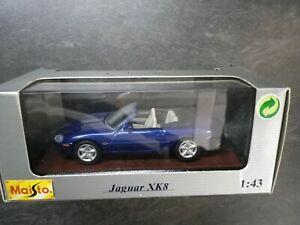 Maisto Jaguar XK8, bleu,  1:43, 1996 , réf 31501