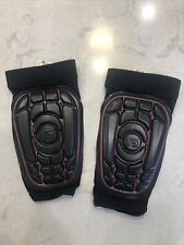 G Form Pro-S Shin Guard (Black/Pink) Size Youth Small/Medium Pre-owned