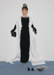 Breakfast At Tiffany's Audrey Hepburn Doll Only No Box No stand 1998 Mattel