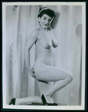 Pinup girl pin up nude brunette woman vintage original old 1950s photo cb13