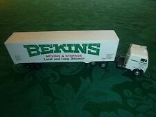 HO Plastic Bekins Moving and Storage Tractor Trailer