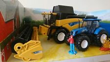 New Holland CR9090 Combine with Tractor T7.270 & Trailer Scale Model 1:32 NEW