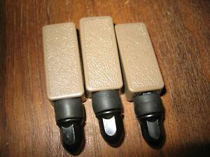 1996-2001 Oldsmobile Bravada Rear Cargo Cover TAN Mounting Lock Clips (3)